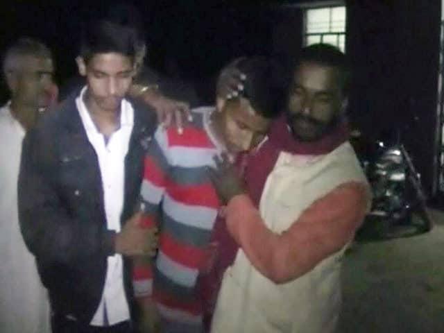 Video : मंत्री के काफिले की कार ने बच्चे को कुचला