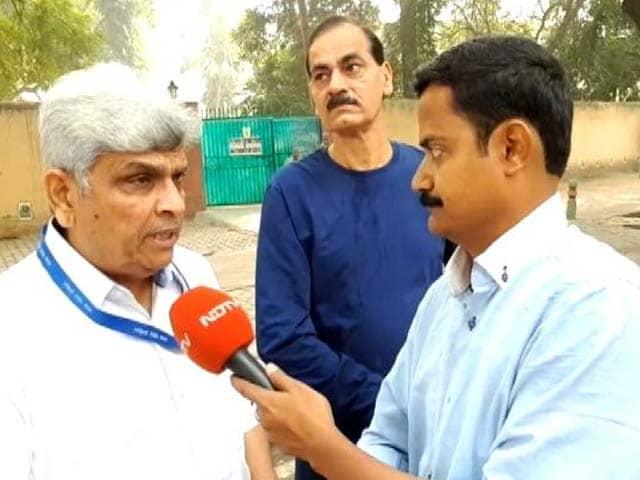 Video : जंतर मंतर पहुंची एनडीएमसी की टीम ने कहा- सफाई रखना हमारी जिम्मेदारी