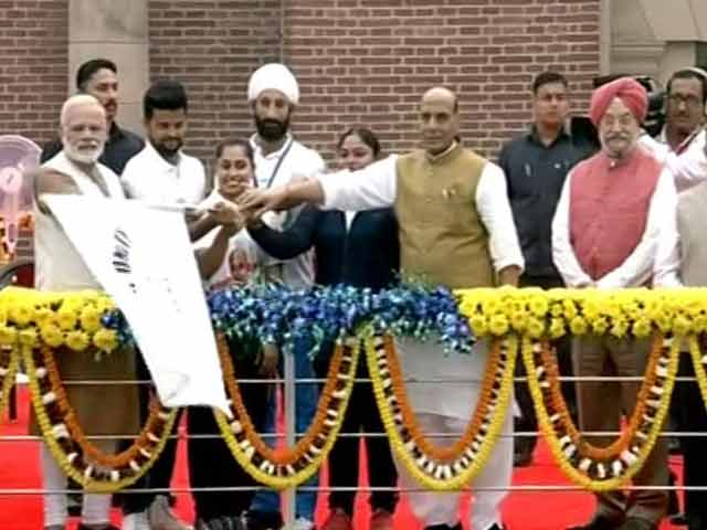 Video : PM Modi Flags Off 'Run For Unity' On Sardar Patel's Birth Anniversary