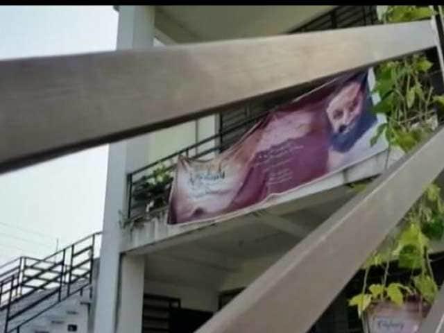 Video : Sri Sri Ravi Shankar-Linked Body In Green Tangle Over Illegal Construction In Kolkata