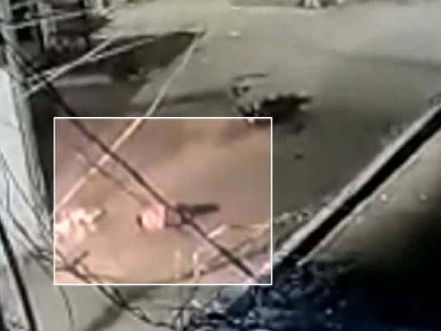 Video : Hyderabad Traffic Cop Lay Bleeding After Hit-And-Run, No One Helped