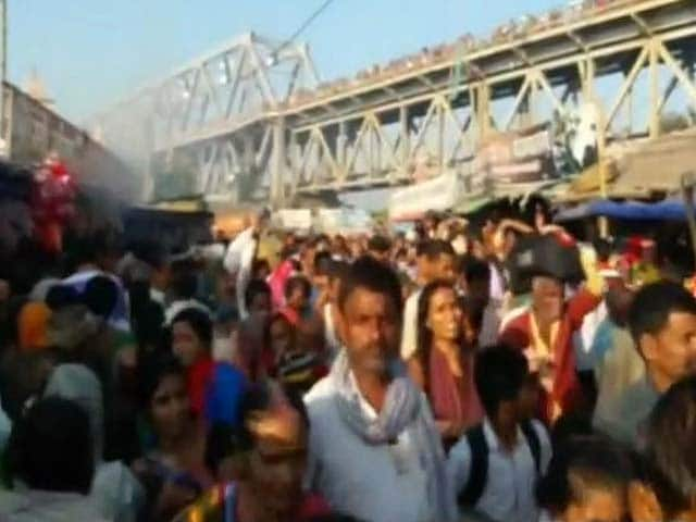Video : 3 Killed, Over Dozen Injured In Stampede At Ganga Ghat In Bihar
