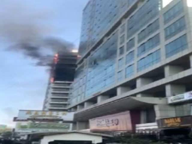 Video : नवीं मुंबई में स्थित अरुणाचल भवन में लगी आग