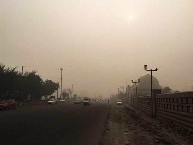 Video : इंडिया 7 बजे : दिल्ली के सभी प्राइमरी स्कूल कल बंद रहेंगे