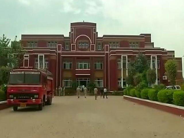 Videos : रायन स्कूल : सीबीआई आज भी कर रही आरोपी छात्र से पूछताछ