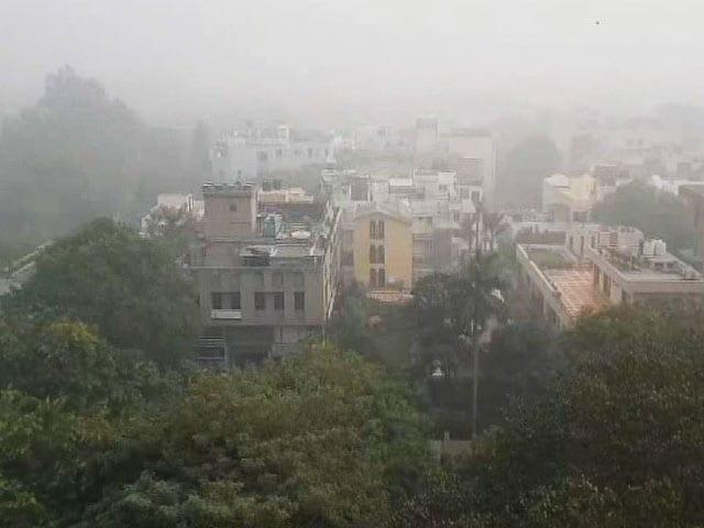 Video : Arabian Dust In Delhi Skies