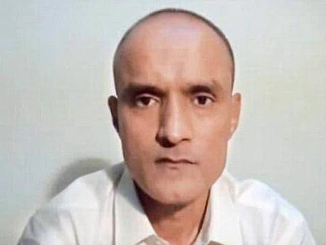 Video : इंडिया 8 बजे : पाकिस्तान की जेल में बंद कुलभूषण जाधव से मिल सकेंगी उनकी पत्नी