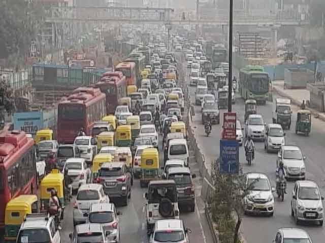 Video : बड़ी खबर : दिल्ली में अप्रैल से ही बीएस-6 तेल