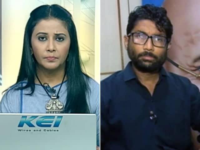 Videos : नेशनल रिपोर्टर : गुजरात के दलित नेता जिग्नेश मेवाणी से खास बातचीत