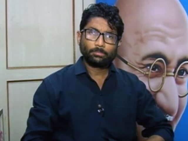 Videos : गुजरात : कांग्रेस असमंजस में, जिग्नेश ने कहा- मुझे किसी भी राजनीतिक पार्टी से न जोड़ा जाए