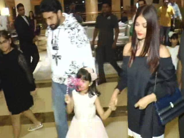 Watch! Amitabh, Aishwarya & Abhishek At Aaradhya's Birthday Party
