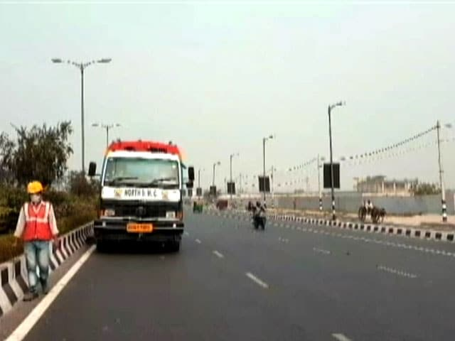 Video : In Delhi's Air Pollution Crisis, No Fix For Dusty Roads Yet