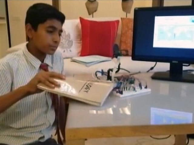 Video : बेंगलुरु में 7वीं क्लास के बच्चे ने बनाया स्मार्ट स्कूल बैग