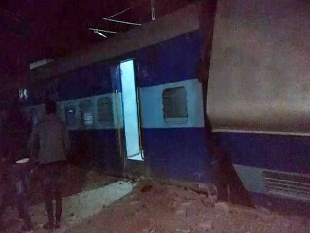 Video : यूपी में फिर बेपटरी हुई ट्रेन