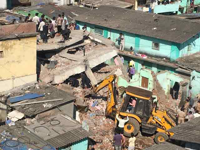 Video : Bhiwandi Building Collapse: Woman Killed, At Least 20 Others Feared Trapped