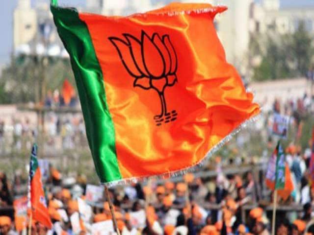गुजरात का गढ़ : बीजेपी ने अब तक 38 पाटीदारों को दिए टिकट