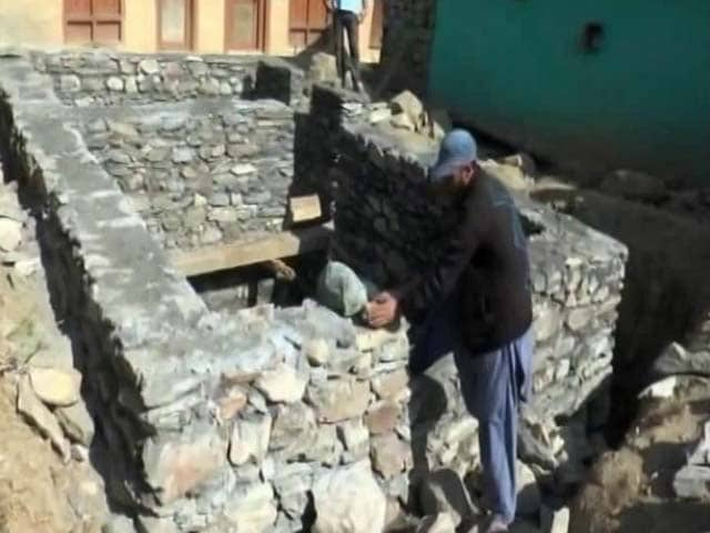 Video : Near Line Of Control In Jammu, 100 Bunkers Being Built For Civilians