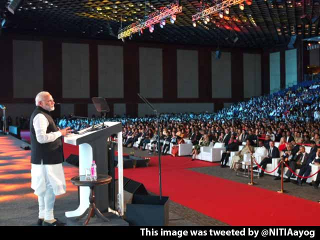 Video : Indian Women Continue To Lead In Different Walks Of Life, Says PM Modi