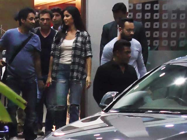 Spotted! Salman Khan & Katrina Kaif At Mumbai Airport