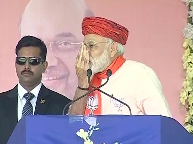 Video : Indira Gandhi Held Her Nose Here, Says PM Modi In Gujarat's Morbi