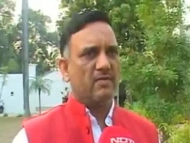Videos : नेशनल रिपोर्टर : निकाय चुनाव में हार पर बोली सपा, ईवीएम से चुनाव में हारे