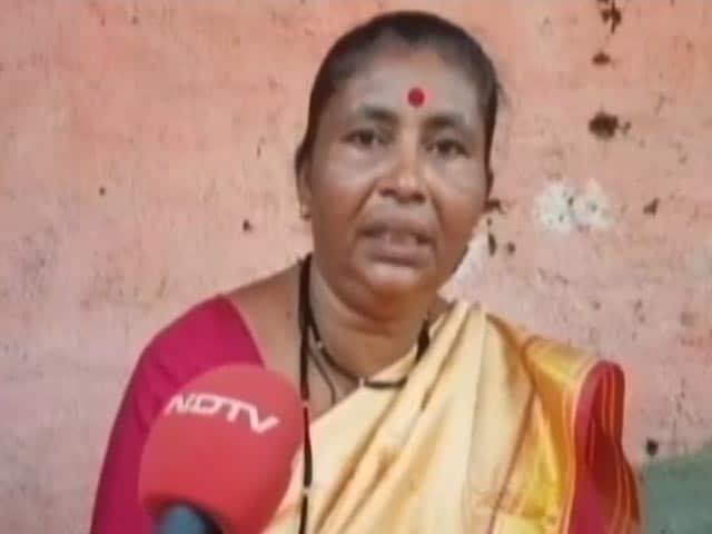 Videos : महाराष्ट्र सरकार मेट्रो के लिए आरे के जंगल को उजाड़ने में लगी