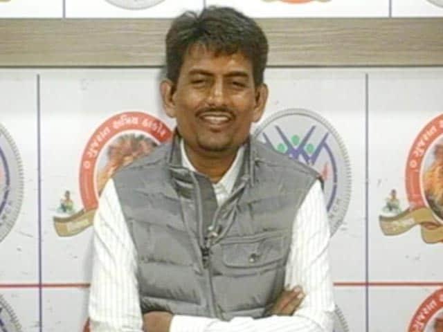Video : नेशनल रिपोर्टर : 'नरेंद्र मोदी ओबीसी-ओबीसी कहकर पीएम बन गए' : अलपेश ठाकोर