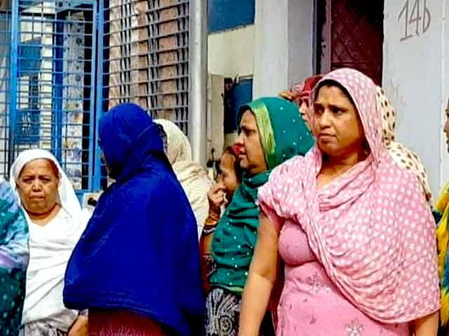 Videos : गुजरात में मुस्लिमों की कौन सुनेगा आवाज?