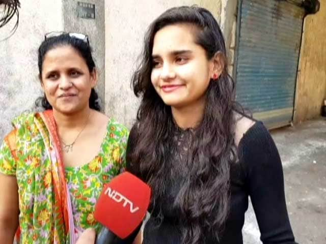 """Video : """"People Should Go And Vote,"""" Says First-Time Voter In Surat"""