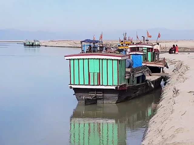 Video : Muddy Waters In Brahmaputra Threaten Livelihood Of Boatmen, Fishermen