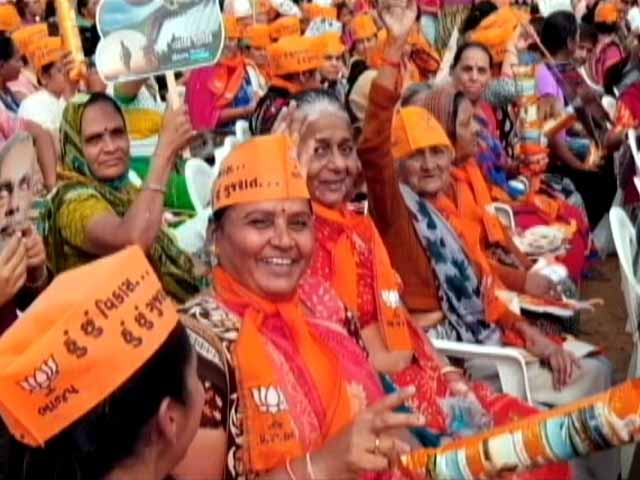 Video : Gujarat Elections: The Fight For Women's Vote