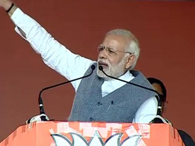 Video : Stick To Gujarat, Says Rahul Gandhi As PM Alleges 'Pak Meddling' In Polls