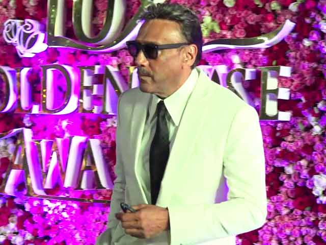 Jackie Shroff Looks Dashing, Entertains The Media In His Unusual Style