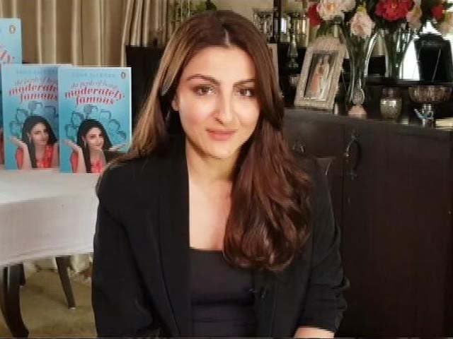 Bad Reviews Of My Debut Film Affected Me: Soha Ali Khan