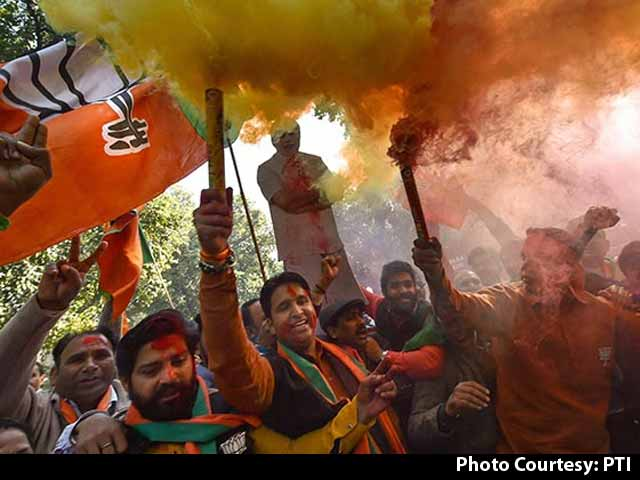 Video : Celebrations Begin At BJP Headquarters In Delhi