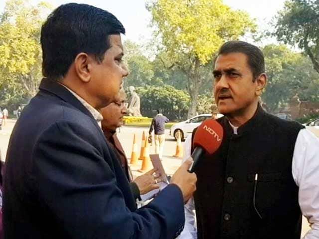 Videos : कांग्रेस ने NCP के साथ गठबंधन किया होता तो नतीजे कुछ और होते: प्रफुल्ल पटेल