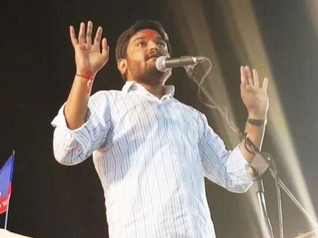 Videos : हार्दिक की रैलियों की भारी भीड़ से भी नहीं पलटा पांसा