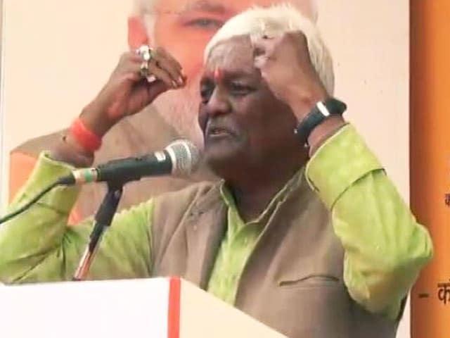 Videos : विराट की 'देशभक्ति' पर सवाल उठाने वाले विधायक के बयान से BJP ने पल्ला झाड़ा