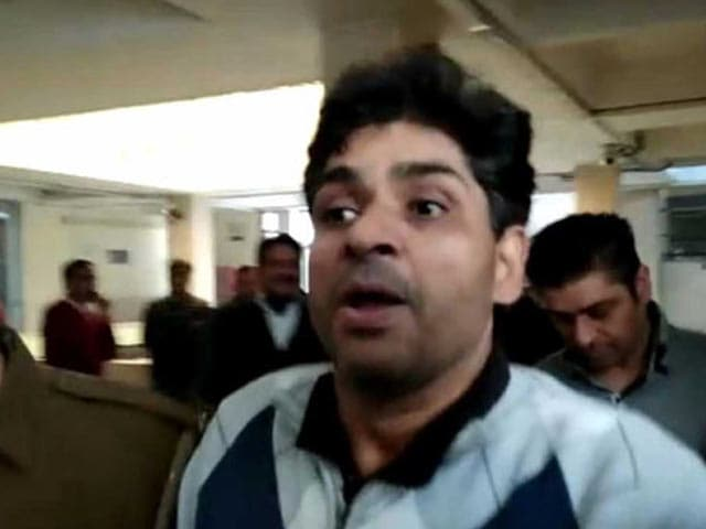 Video : Life Sentence To <i>'Most Wanted'</i> Host Suhaib Ilyasi For Murdering Wife