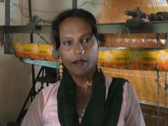 Videos : वाराणसी में किन्नर गुड़िया के हौसले को सलाम