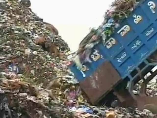 Video : India's Dying And Old Landfills