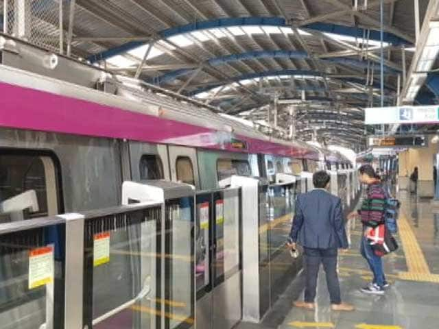 Videos : दिल्ली मेट्रो की नई सौगात, मजेंटा लाइन पर ड्राइवरलेस मेट्रो