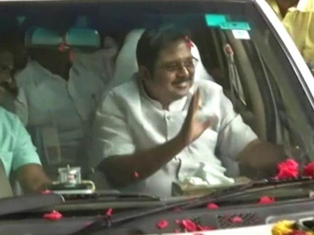 Video : Team Dhinakaran Expects A Comeback After Thumping RK Nagar Victory