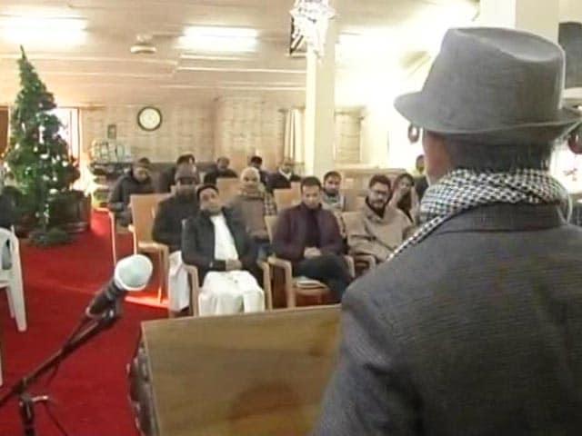 Video : On Christmas, People In Srinagar Celebrate <i>Kashmiriyat</i>