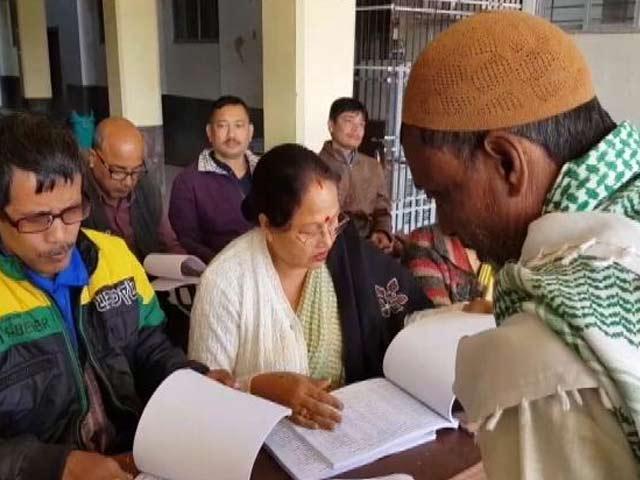 Videos : इंडिया 7 बजे :  असम में NRC का पहला ड्राफ्ट जारी