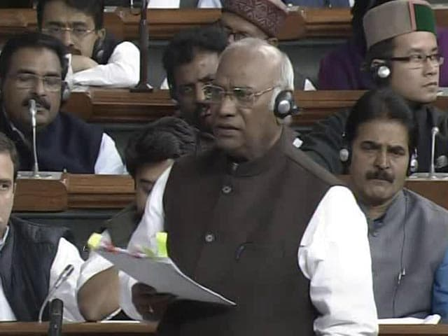 """Video : PM Can't Be """"Mauni Baba"""", Says Congress On Maharashtra Caste Tension"""
