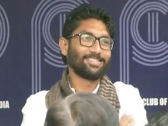 Videos : अंबेडकर का भक्त बताने वाले पीएम मोदी कोरेगांव हिंसा पर चुप क्यों हैं : जिग्नेश मेवानी