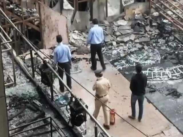 Video : जांच रिपोर्ट में हुआ खुलासा, इस वजह से लगी थी कमला मिल्स कंपाउंड में आग