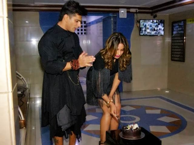 Bipasha Basu Celebrates Her Birthday With Hubby Karan Singh Grover