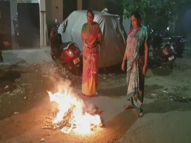 """Video : """"It's A Mess"""": Pongal Bonfire Smog Hits Flight Operations In Chennai"""
